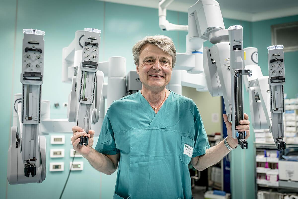 aldo-bocciardi-miglior-urologo-milano-chirurgia-robotica-tumore-prostata